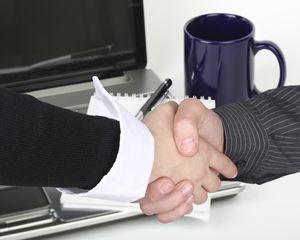 Finanzen, Beratung, Hände schütteln